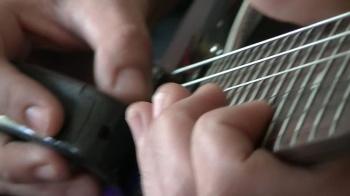 Gwen / Decried Silence (Guitare Ebow)