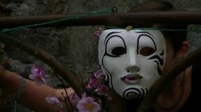 Mask adou